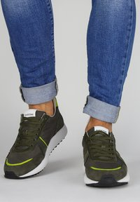 Blackstone - Sneakers - green - 0