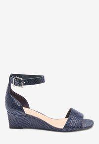 Next - Sandaletter med kilklack - blue - 3