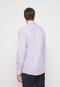 HUGO - ELISHA - Formální košile - light pastel purple - 2