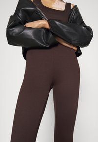Gina Tricot - CONNIE - Leggings - Trousers - black coffee - 3
