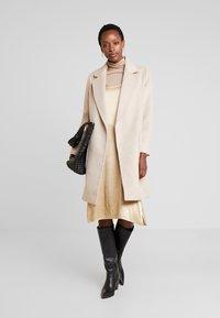 Apart - Manteau classique - beige - 1