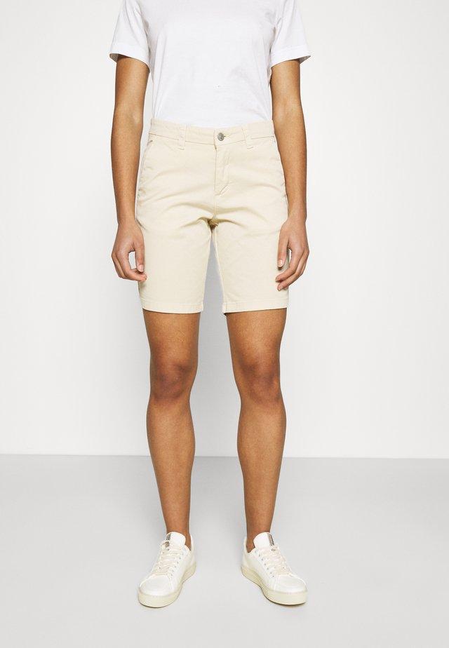 SLFMILEY - Shorts - birch