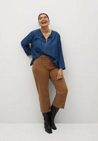 Violeta by Mango - FLIESSENDE  - Long sleeved top - blau - 1