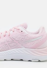 ASICS - GEL EXCITE 8 - Chaussures de running neutres - pink salt/pure silver - 5