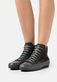 Candice Cooper - PLUS - Höga sneakers - tamponato antracite/montone - 0