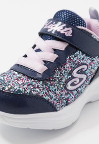 Skechers - GLIMMER KICKS - Zapatillas - navy/multicolor rock glitter/lavender - 5