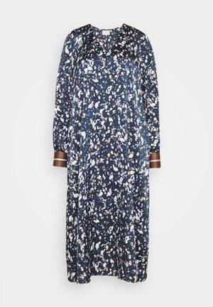 BITA DRESS - Denní šaty - midnight marine