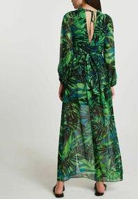 River Island - Maxi dress - green - 1