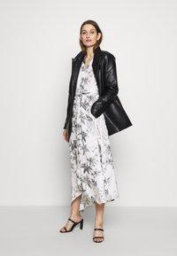 AllSaints - TATE EVOLUTION DRESS - Kjole - chalk white - 2