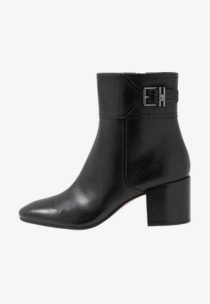 KENYA - Støvletter - black