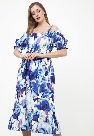 CERCANA - Korte jurk - weiß, kornblumenblau