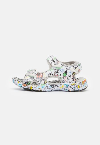 Walking sandals - multicolor