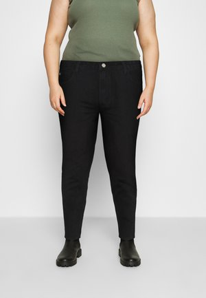 PLUS MISSGUIDED POCKET RIOT  - Relaxed fit jeans - black