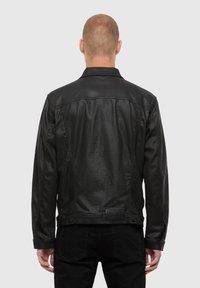 Diesel - NHILL TW - Giacca di jeans - black - 2