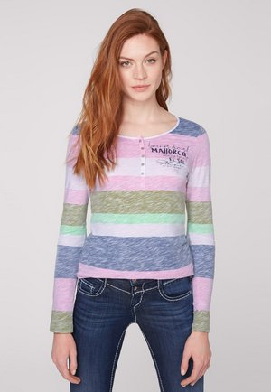 Long sleeved top - multi color