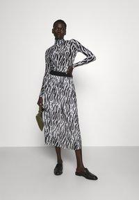 Bruuns Bazaar - THORA ASTRA ROLL NECK - Long sleeved top - black - 1
