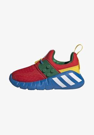 ADIDAS PERFORMANCE ADIDAS X LEGO - RAPIDAZEN - Chaussures d'entraînement et de fitness - red