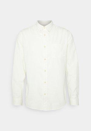 SLHSLIMOSCAR SLIM FIT - Shirt - egret