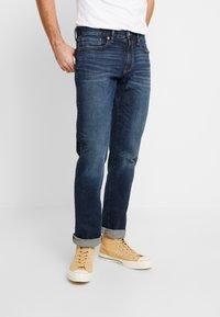 GAP - DARK CYPRESS - Straight leg jeans - tinted blue - 0