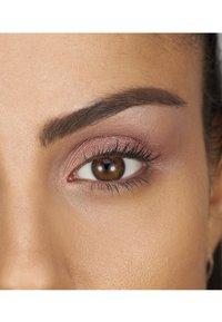 bareMinerals - GEN NUDE EYESHADOW PALETTE - Eyeshadow palette - rose - 1
