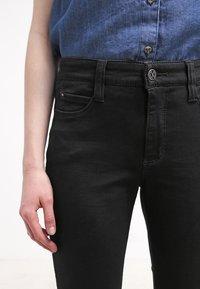 MAC Jeans - DREAM - Straight leg jeans - black - 4