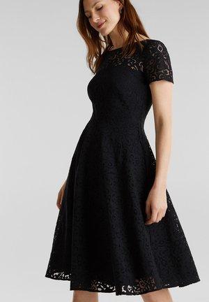 SPITZEN-KLEID MIT SCHWINGENDEM ROCK - Cocktail dress / Party dress - black