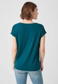 Q/S designed by - T-shirt print - blue green - 2