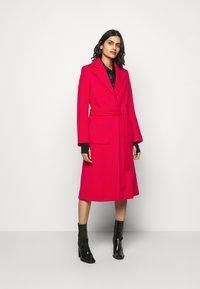 HUGO - MESUA - Zimní kabát - open pink - 0