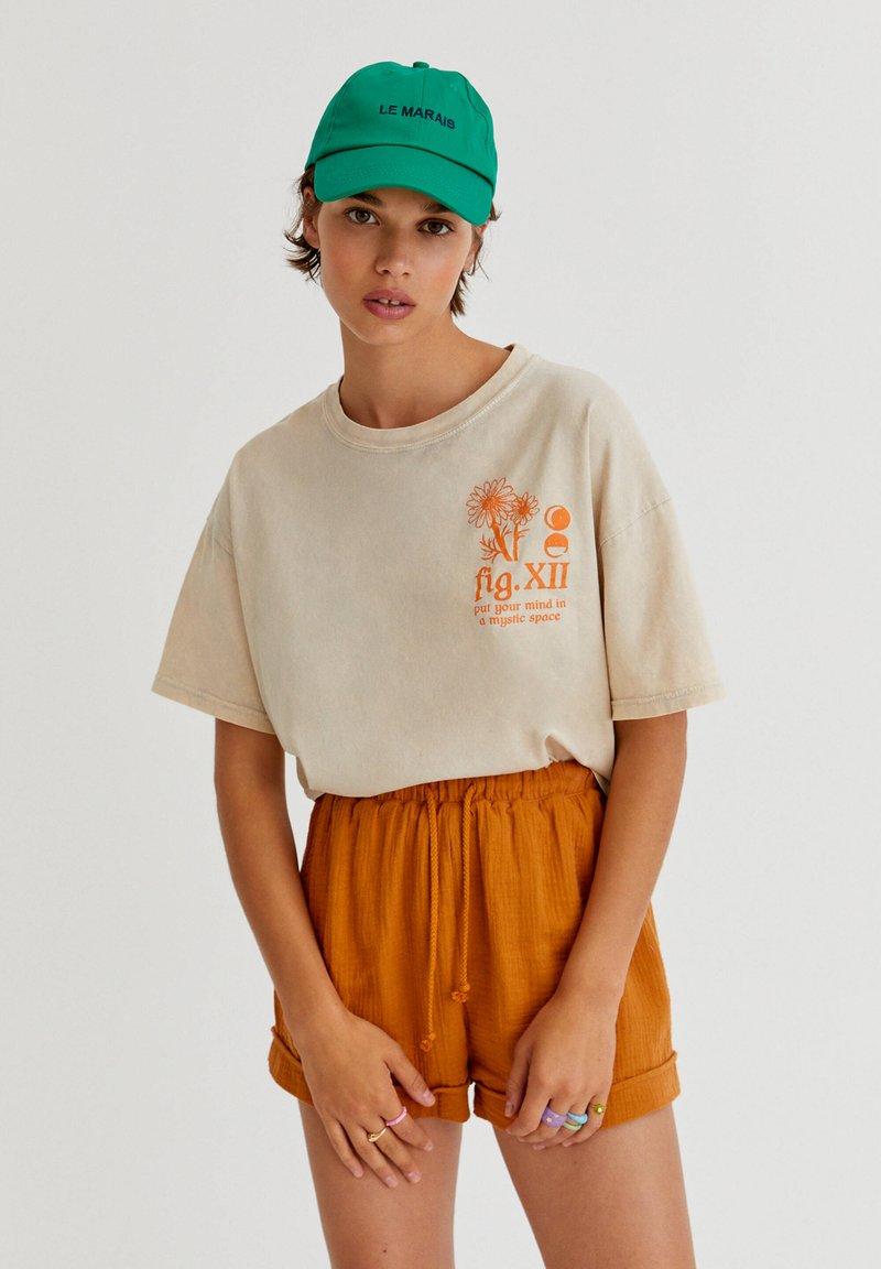 PULL&BEAR - Print T-shirt - mottled beige
