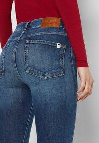 WEEKEND MaxMara - ANGOLO - Straight leg jeans - blue marine - 4