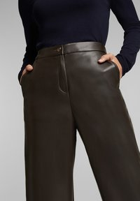Esprit - FASHION  - Trousers - brown