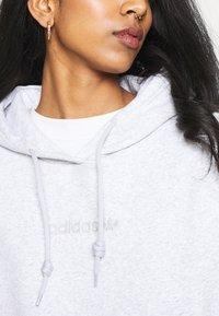 adidas Originals - HOODIE  - Sweatshirt - light grey heather - 5