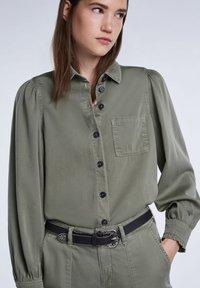 SET - Button-down blouse - khaki - 4