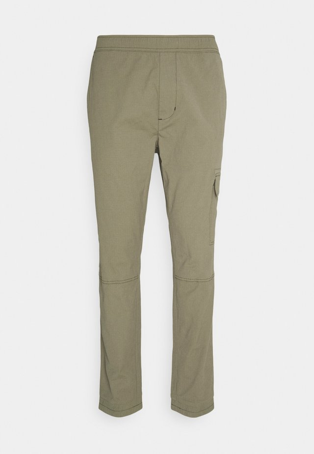 PANTS - Kapsáče - dusty olive