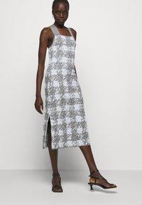 Proenza Schouler White Label - GINGHAM JACQUARD KNIT DRESS - Jumper dress - grey melange/sky - 7