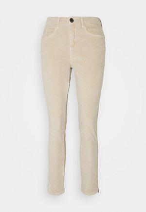 EMILY ZIP - Trousers - macadamia
