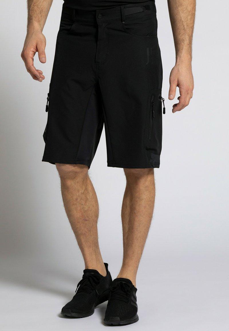 JP1880 - Shorts - schwarz