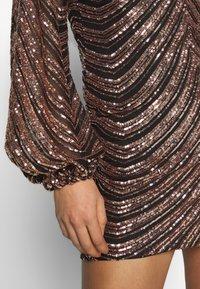 Club L London - SEQUIN BALLOON SLEEVE MINI DRESS - Vestido de cóctel - gold - 5