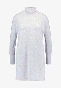 Noisy May Petite - NMCITY BAT DRESS - Jumper dress - light grey melange - 3