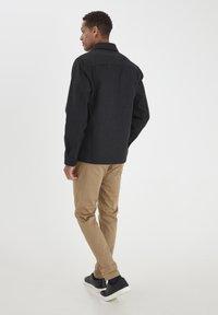 Solid - FANG - Skjorta - dar grey m - 2