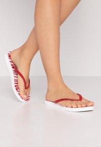 Calvin Klein Jeans - DARALYN - Badesko - white/racing red - 0