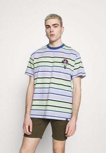 RETRO STRIPE TEE - Print T-shirt - blue