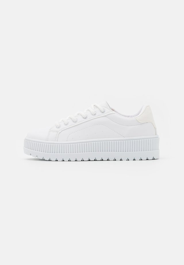 ABOVE & BELOW - Sneakers laag - white
