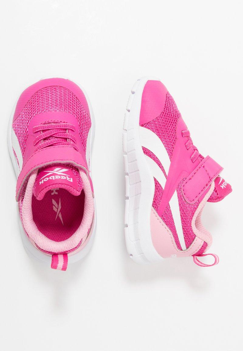 Reebok - RUSH RUNNER 3.0 - Obuwie do biegania treningowe - pink/light pink/white