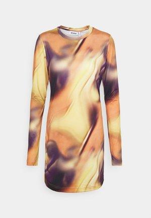 CHILL DRESS - Jerseykleid - rusty