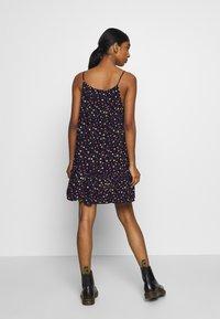 Superdry - DAISY BEACH DRESS - Korte jurk - navy floral - 2