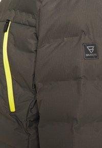 Brunotti - SAXON MENS SNOWJACKET - Snowboardová bunda - pine grey - 8