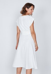 True Violet - Day dress - white - 2