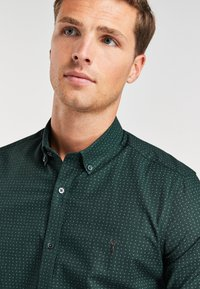 Next - STRETCH OXFORD - Shirt - green - 2