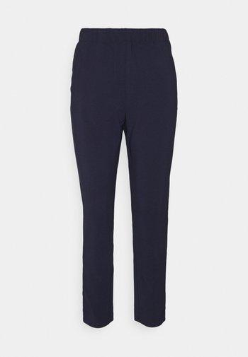 FQZELINA POCKET - Bukse - navy blazer